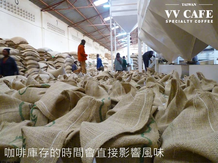 在貨艙擺放時間過長會降低咖啡生豆的新鮮度
