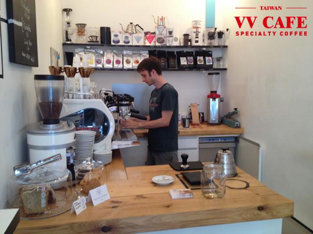 維也納咖啡館KAFFEEMODUL吧台