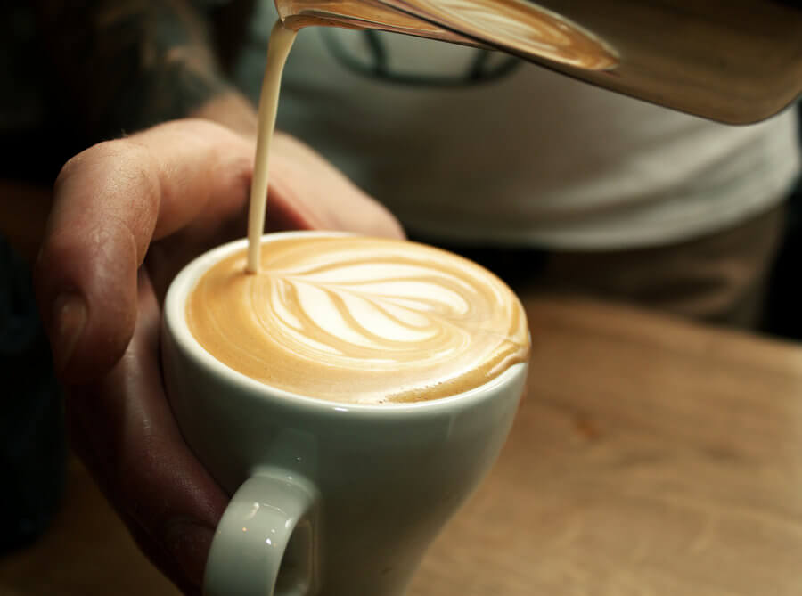 pouring_a_flat_white_by_davidr88-d350q94