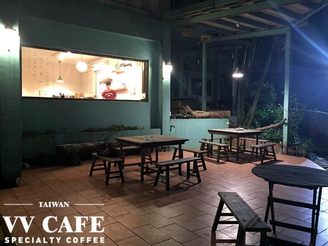 北海岸景點咖啡館:彼瑞佳咖啡夜景